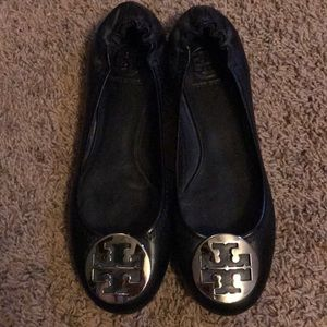 Tory Burch black leather reva size 9